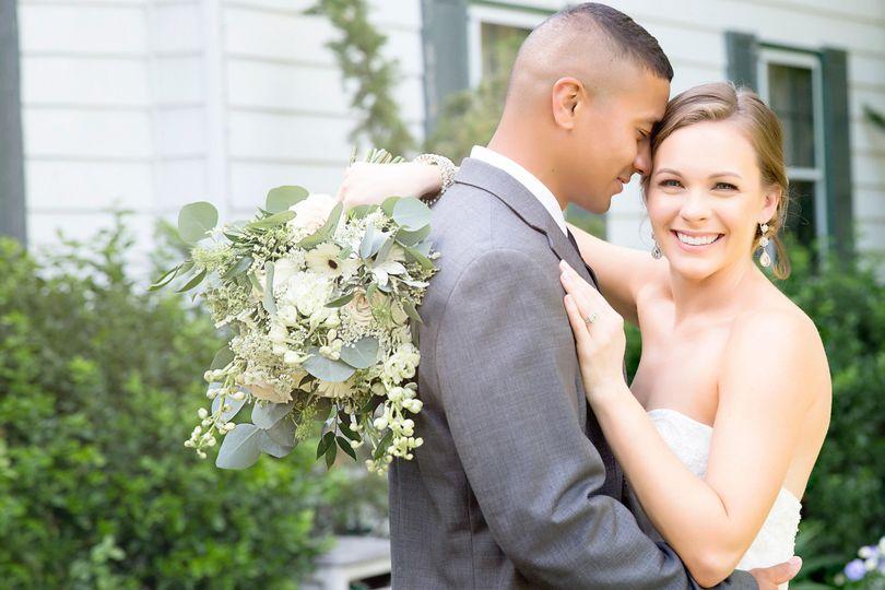 b9aaeb5dcf9aa156 1495678643685 wedding01