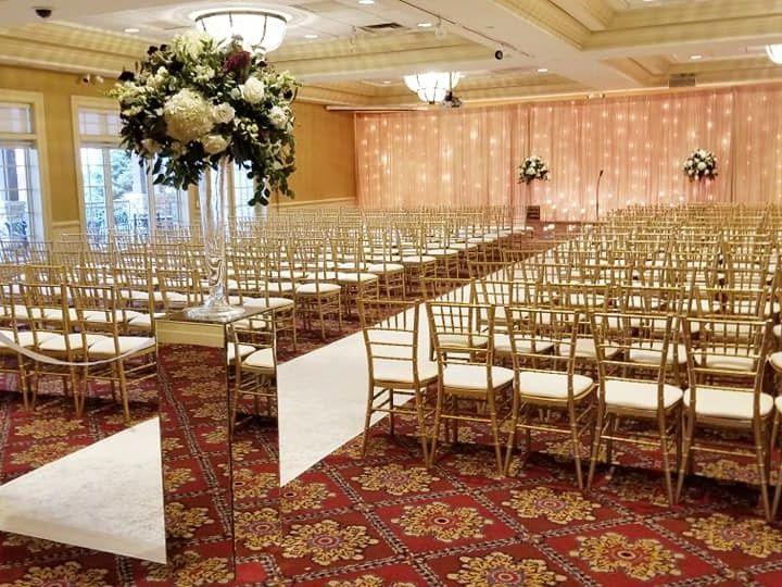 Tmx 75439521 10157243106936936 674183773822124032 N 51 2260 158032375889371 Bolingbrook, IL wedding venue