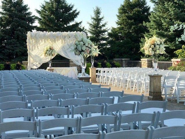 Tmx Image2 51 2260 158032379381494 Bolingbrook, IL wedding venue