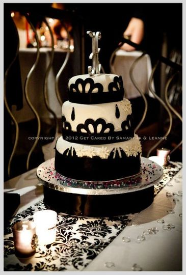 800x800 1334291972752 weddingcake2