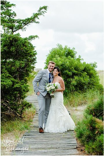 wychmere beach club wedding bride groom 001 51 53260 1573647616
