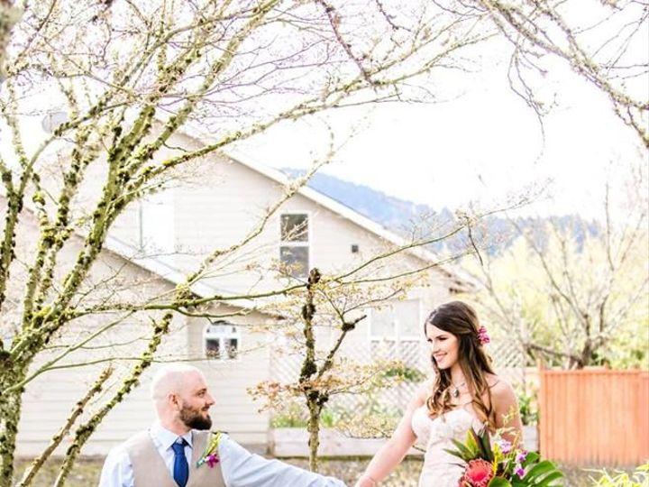 Tmx 1527631632 8e7f41f98753a58a 1527631631 Cd614ec855ad0c6c 1527631617007 8 Tropical 7 Portland, OR wedding florist