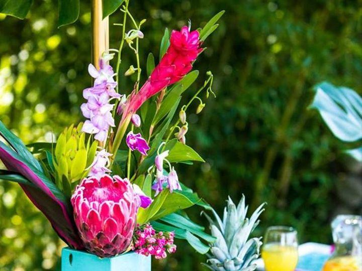 Tmx 1527631641 C23c4f8a046e0198 1527631640 Ab69b769146bb941 1527631617014 16 Tropical 15 Portland, OR wedding florist