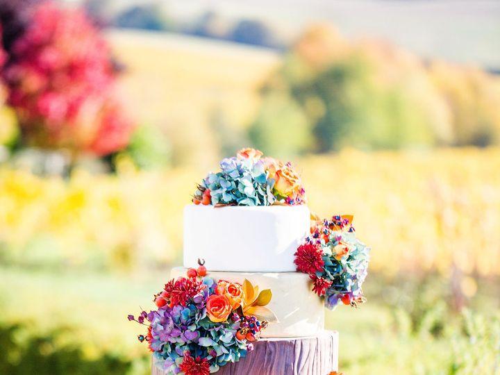 Tmx 1527699300 9ada5f5157621260 1527699296 B295dd33ab41da5a 1527699269539 2 Fall Wedding Inspi Portland, OR wedding florist