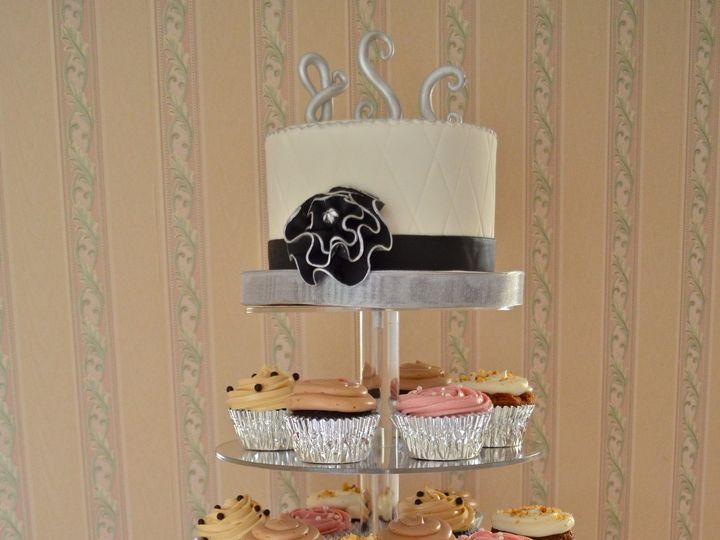 Tmx 1369338332918 Dsc1329 Newfoundland wedding cake
