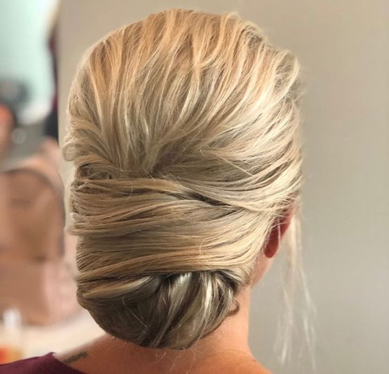 Textured wrap bun