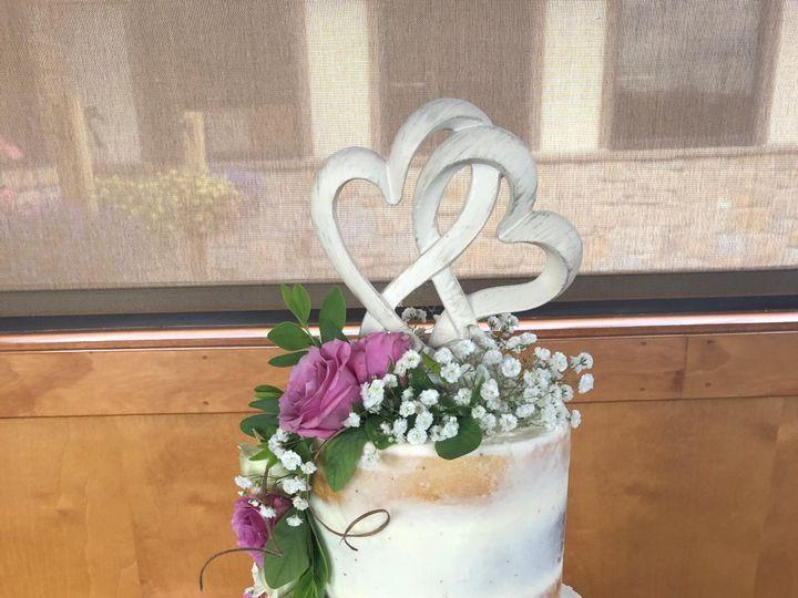 Tmx 48868061 5d02 45e5 8d4e E54618b4f230 51 951360 158275107265410 Hummelstown wedding cake