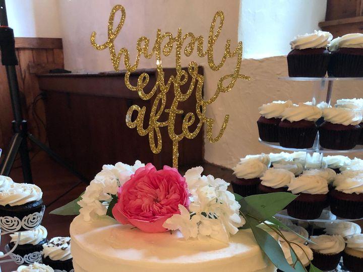 Tmx 8551fd64 E002 4894 8dd6 870efaed1fff 51 951360 158275107080753 Hummelstown wedding cake