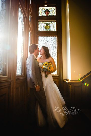 Kelly Fox Photography captured the first wedding at the UVM Alumni House