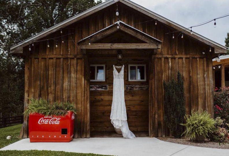 Restrooms + dress