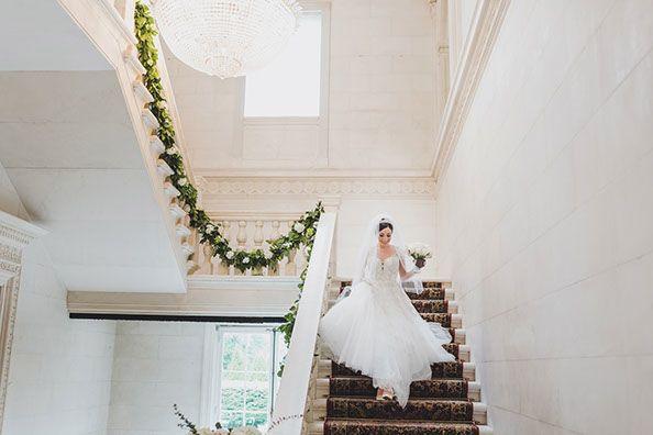 Tmx 1530658226 Ee49d7ccddc4ddb5 1530658225 E31dfdd767b861e5 1530658223852 5 Foyer With Bride Old Westbury, NY wedding venue