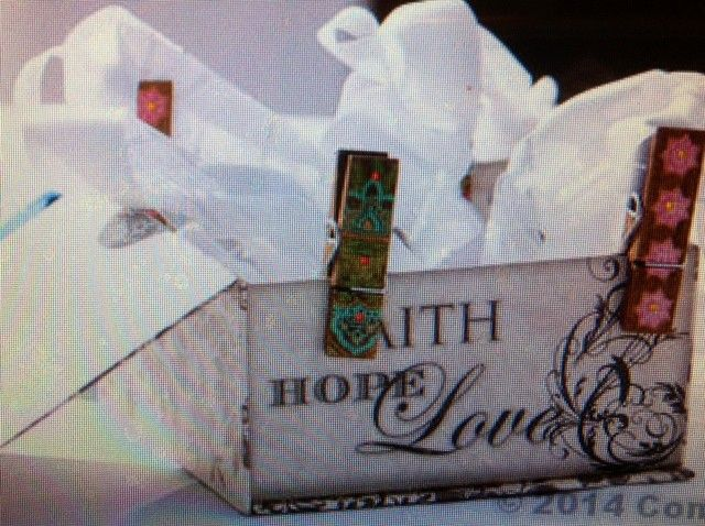 the box holding the handfasting cord.