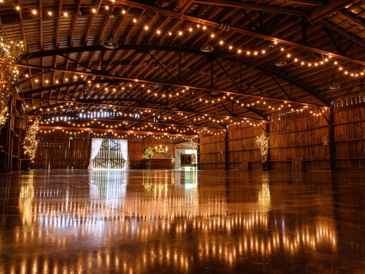 Tmx 1531657888 E8b0cf1e1fa7177d 1531657886 1a5353a49d2faa7f 1531657886236 16 Wedding Barn Venu Raleigh, North Carolina wedding venue
