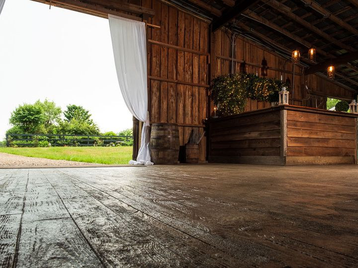 Tmx 1531657905 1fe40f5135825200 1531657904 1a96c6d906dfa542 1531657904047 18 Wedding Barn Venu Raleigh, North Carolina wedding venue