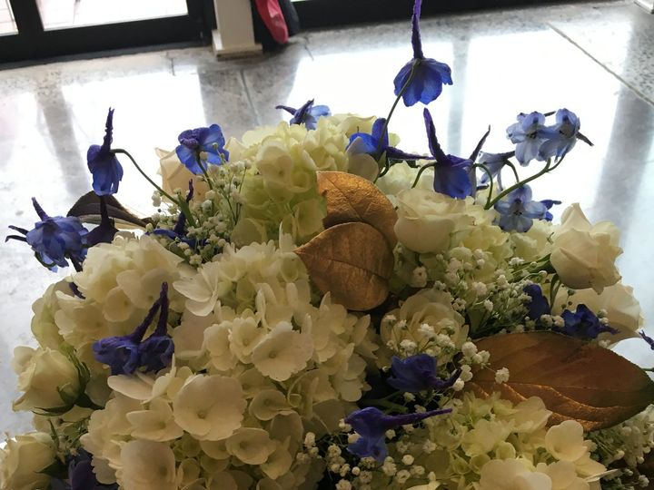 Tmx 6390649a 4d37 4e63 9a64 D1dcdc463abc 51 998360 Colts Neck, NJ wedding florist