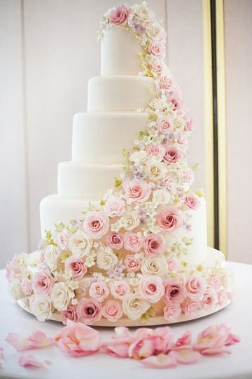 where to buy faux wedding cake