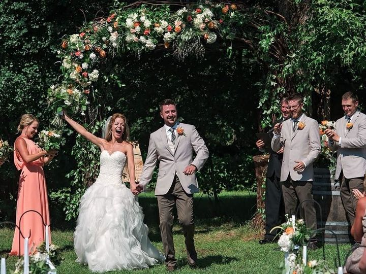 Tmx 1535487813 3ee82c2a84dfd282 1535487812 9804720e1349d714 1535487800593 7 37290178 190361797 Cottage Grove, MN wedding venue