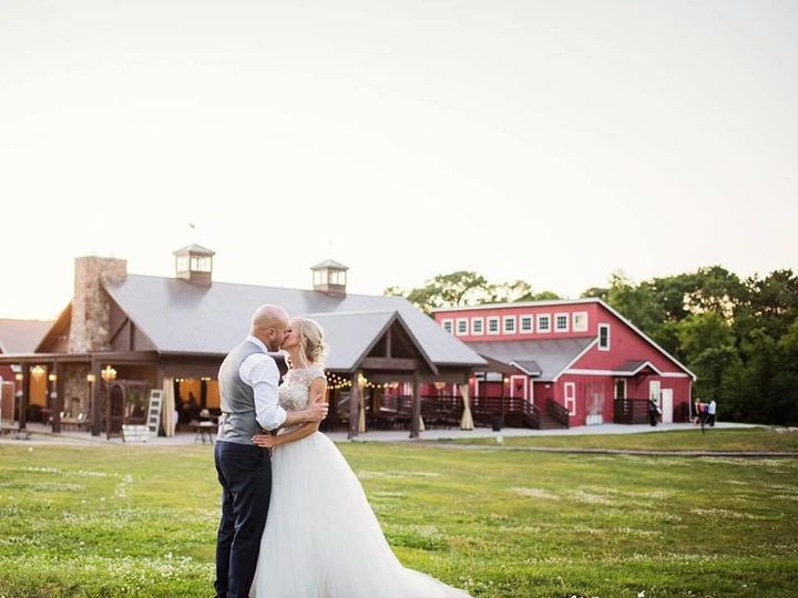 Tmx 1535488602 4a810e1545f4ecd9 1535488601 7f880be9a54ad37b 1535488588671 1 21078279 156163721 Cottage Grove, MN wedding venue