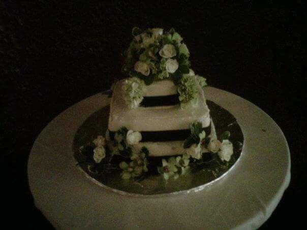 Tmx 1514406145751 Fbimg1511985221817 Prairie Du Sac wedding cake