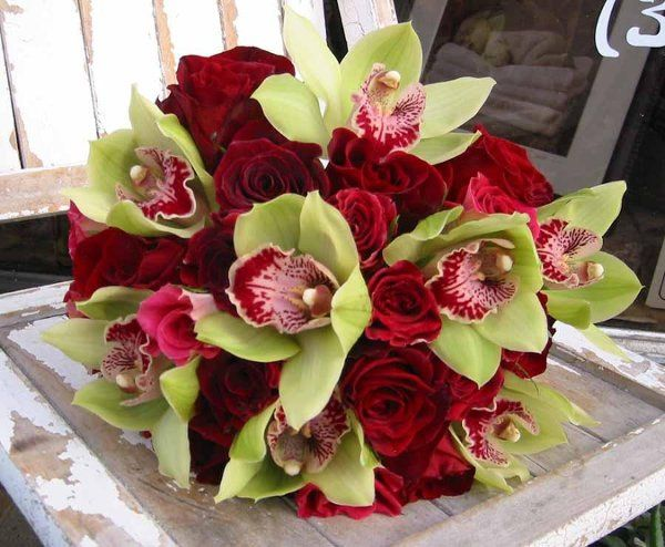 bouquetgreenorchids 26redroses