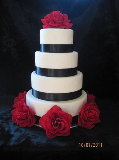Creative Cakes by Kim...... Fondant 4 Tier