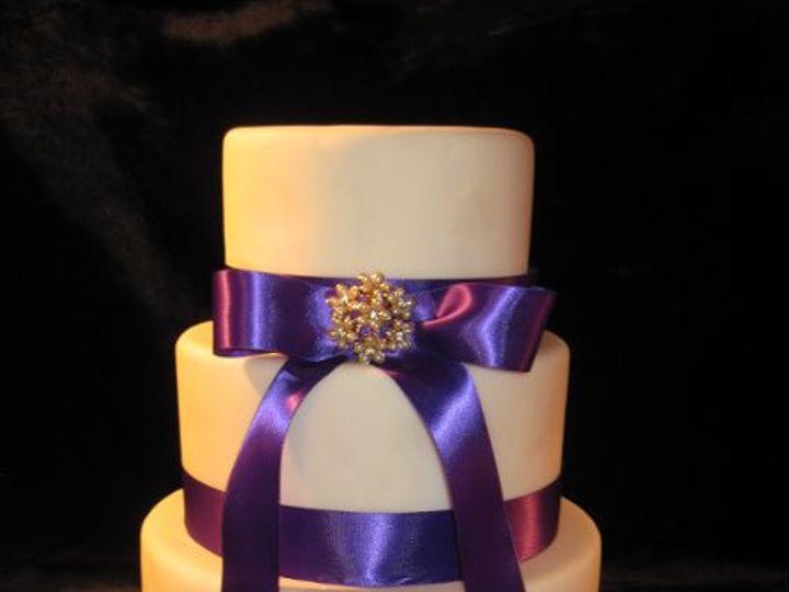 Tmx 1320066517052 Weddcakes090 Almont wedding cake