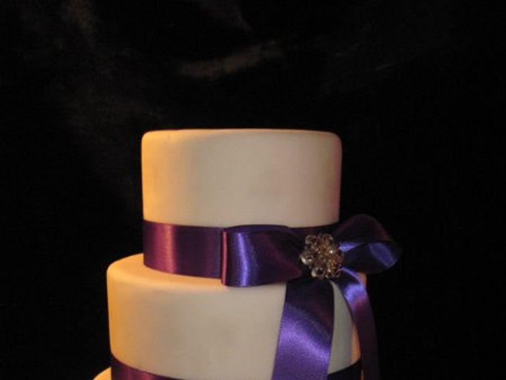 Tmx 1320066571115 Weddcakes108 Almont wedding cake