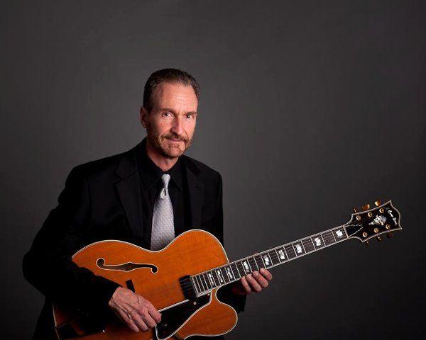 Nick DiGennaro classical guitar