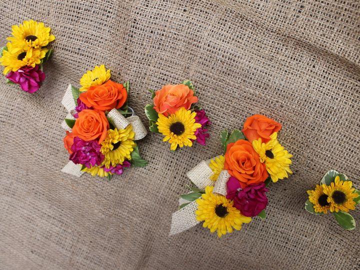 Tmx 1374191908587 S23a 7 S23b 20 S23c 9 S23d 18 S23e 5 Milwaukee, Wisconsin wedding florist