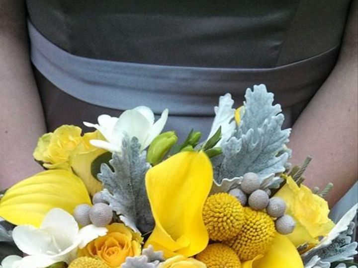 Tmx 1439944270292 215 Contemporary And Yellow Milwaukee, Wisconsin wedding florist