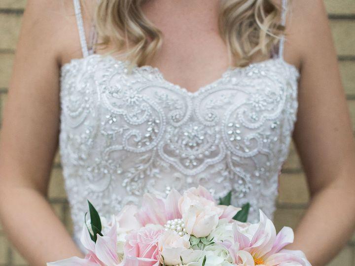 Tmx 1517527221 5d05545b9a7f03da 1517527219 4e2f7a39c5357960 1517527209170 2 A36A5541 2 Milwaukee, Wisconsin wedding florist