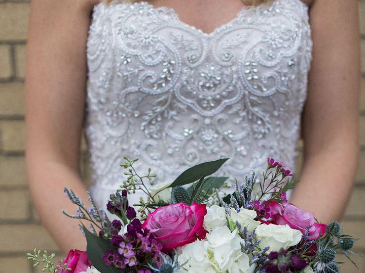 Tmx 1517527238 C993600463645008 1517527236 D85a064b21049676 1517527229662 6 A36A5566 2 Milwaukee, Wisconsin wedding florist