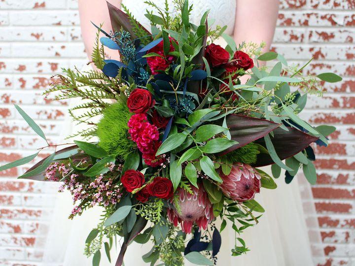 Tmx 1517527659 8f2ada451fd322ca 1517527657 Ececff7610523f1e 1517527654550 3 120 Milwaukee, Wisconsin wedding florist