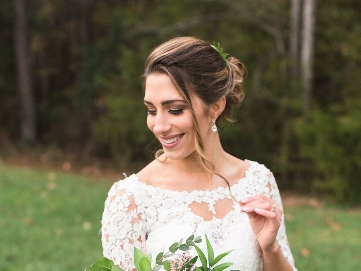 Tmx 1517451777 61d958d9b6430751 1517451776 3049e9a8b48b8b86 1517451770444 8 1E46709B B88F 4B14 Powhatan, VA wedding beauty