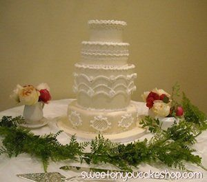 Classic Materpiece, Martha Stewart, buttercream with gorgeous piping.