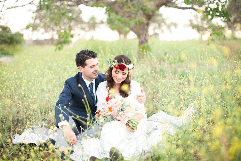 596c348da6694992 Soft Romantic Wedding Bridal Makeup Lindsey Gage Photography 7