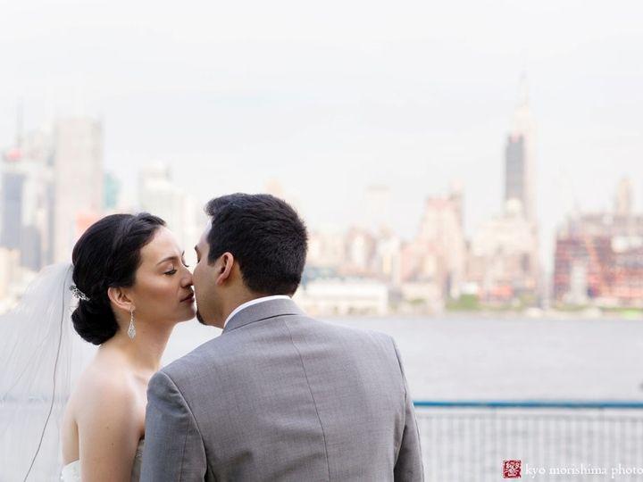 Tmx 1499365971165 Chart House Wedding0015 Long Island City, New York wedding beauty