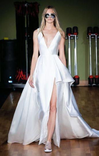 Chic modern wedding dress