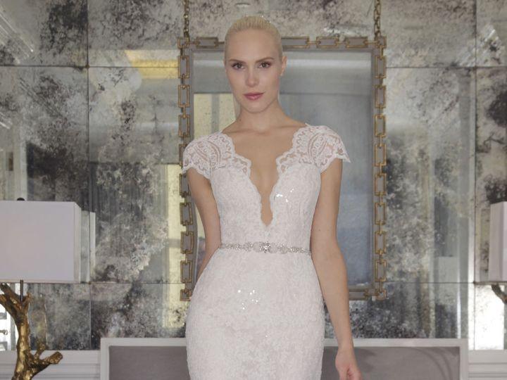 Tmx 1522515264 9080cd79705e8dad 1522515261 357371db2bb0f9d0 1522515256685 3 15 RK6457 Front  wedding dress