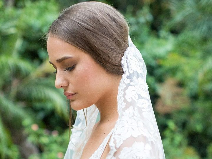 Tmx 1522515433 9e80ffdba68ec31f 1522515431 B437a4e4912bc298 1522515427719 6 Florentina Veil Br  wedding dress