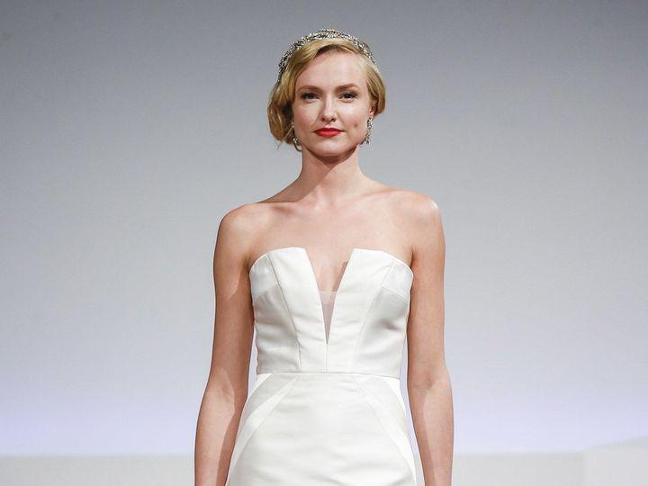 Tmx 1522515435 Ffdea8c1d7639985 1522515433 98711c1e09d79390 1522515427722 11 ZELDA  wedding dress