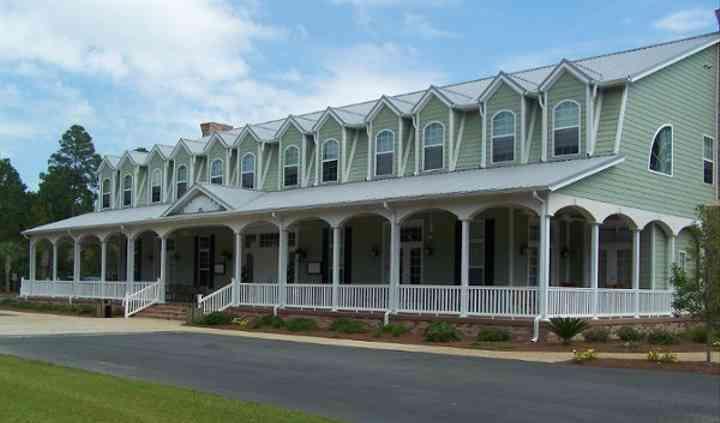 Blueberry Plantation Inn & Country Club