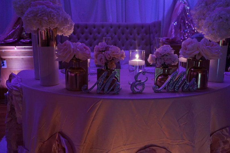 Floral decor for the head table