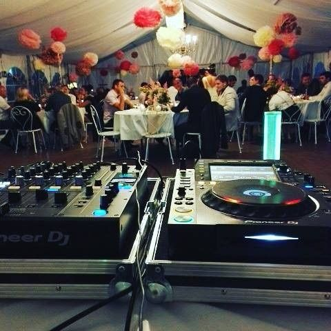 DJ set-up