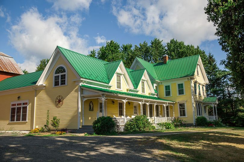 Exterior of Meadow Ridge Farm