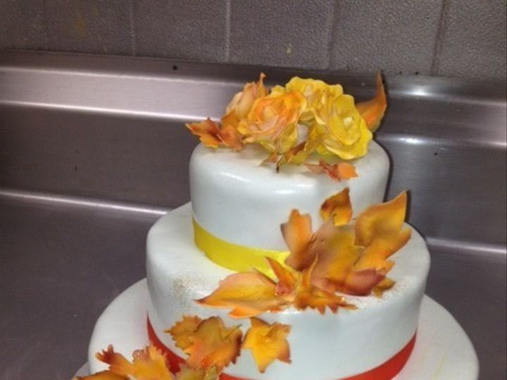 Tmx 1502732984116 800x8001393899610830 Sugar Paste Fall Leaves Ingri West Berlin, New Jersey wedding cake
