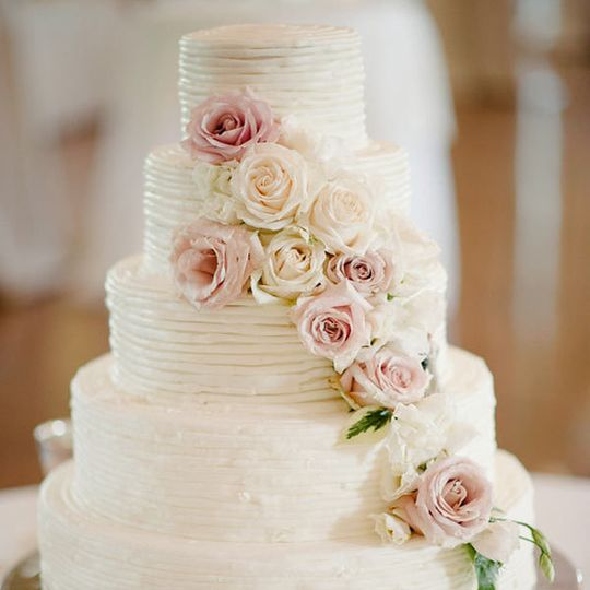c25c811e2f93de12 Wedding Cake Square