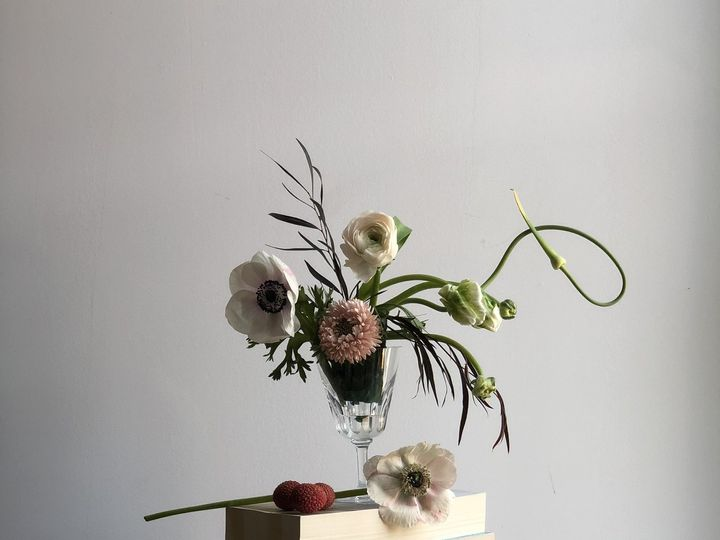 Tmx 1532383178 F79e8c002c81e57e 1532383176 648b3f26042f2fc0 1532383166501 5 IMG 7158 Astoria, NY wedding florist