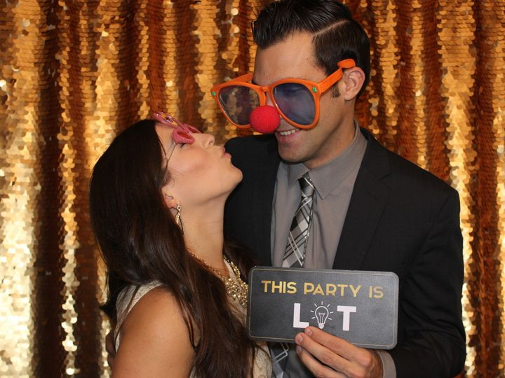 Tmx Img 0050 51 584760 157965480953217 Seattle wedding rental