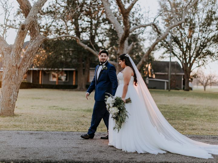 Tmx December 19 Couple 51 535760 160218743265903 Wharton, TX wedding venue
